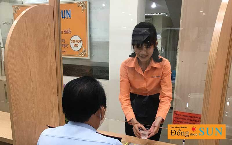 DONG SHOP SUN Hồ Chí Minh CHI NHÁNH NGUYỄN CƯ TRINH(QUẬN 1) - phục vụ