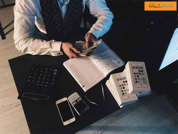 Gặp vấn đề về tài chính khi không biết cách quản lí tài chính