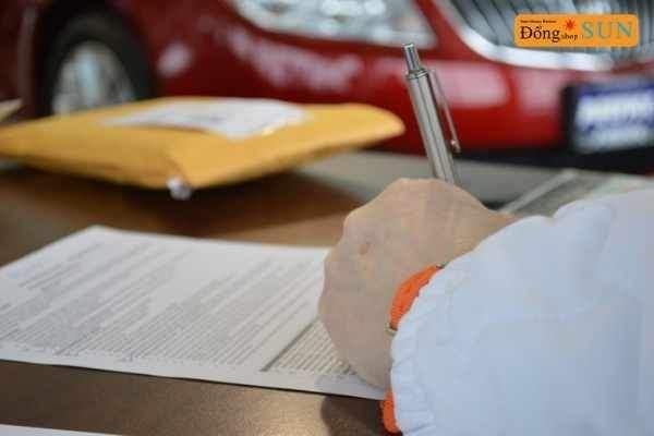 Cho vay ngang hàng (P2P) là một lựa chọn để vay từ các cá nhân không sử dụng ngân hàng truyền thống hoặctín dụng.